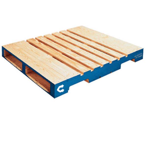 Palette à longerons en bois regroupée
